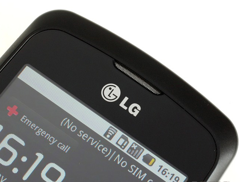 LG Optimus One loudspeaker