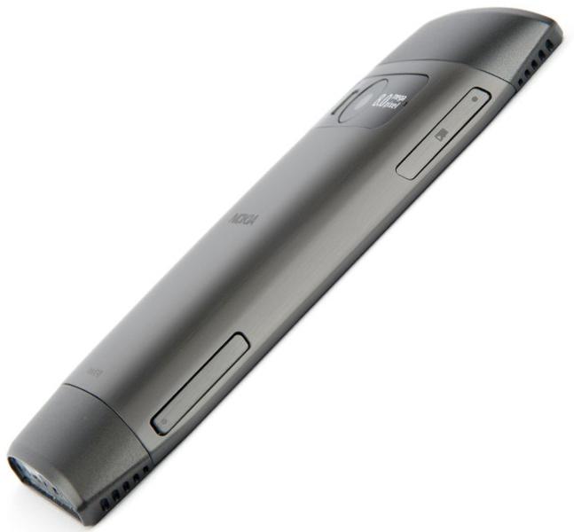 Nokia X7 слева