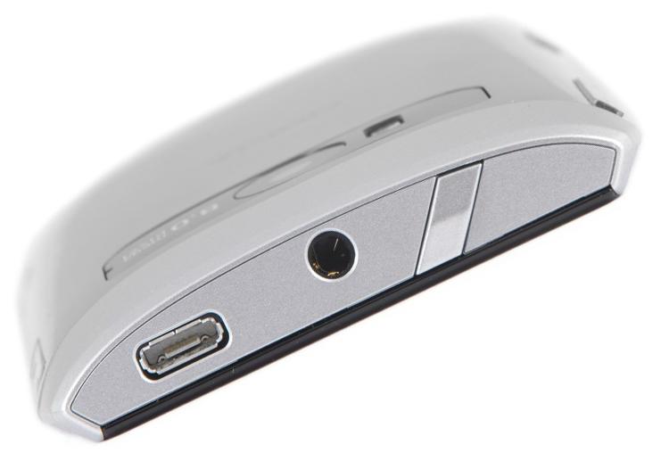 Nokia X7 сверху