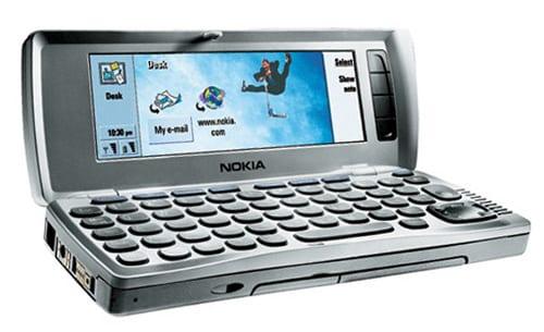 Вид на компьютерную часть коммуникатора Nokia 9210