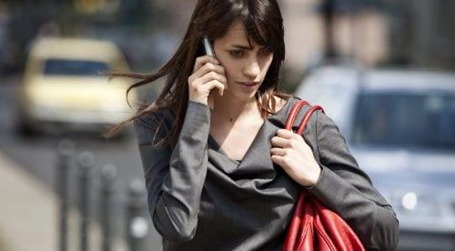 Звонок с помощью iPhone