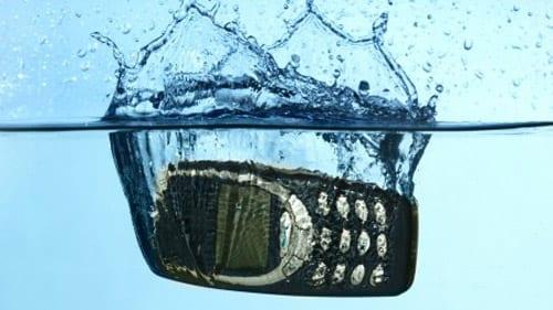 высушить сотовый телефон
