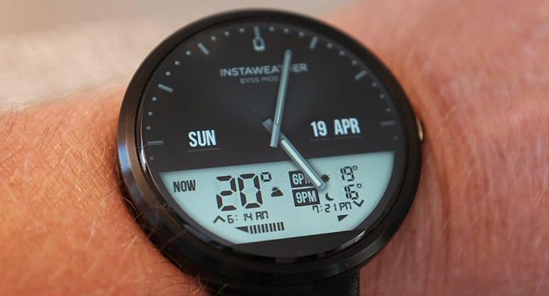 смрат-часы Moto 360